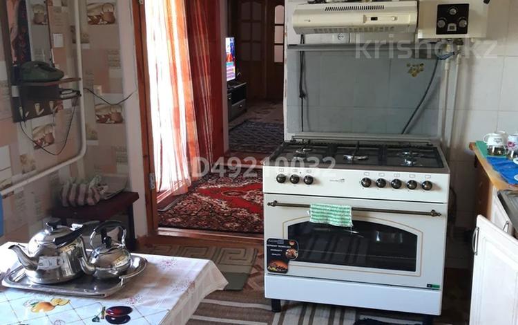 6-комнатный дом, 140 м², 6 сот., 5 переулок Кошеней 32 — Абая за 25.5 млн 〒 в Таразе