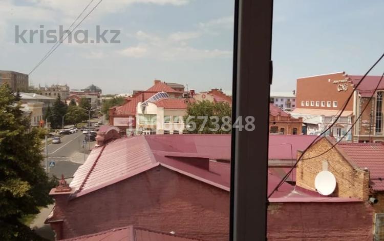 2-комнатная квартира, 43 м², 4/4 этаж, Горького 58 за 12.5 млн 〒 в Усть-Каменогорске