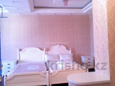 5-комнатная квартира, 450 м², 5/5 этаж помесячно, Домалак Ана 21 за 1 млн 〒 в Нур-Султане (Астана), Есиль р-н — фото 7