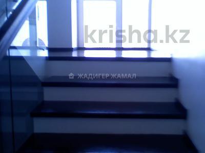 5-комнатная квартира, 450 м², 5/5 этаж помесячно, Домалак Ана 21 за 1 млн 〒 в Нур-Султане (Астана), Есиль р-н — фото 9