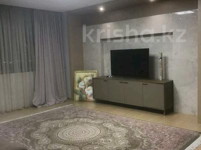 1-комнатная квартира, 43 м², 5/9 этаж помесячно, Кенесары 4 за 90 000 〒 в Нур-Султане (Астана), Сарыарка р-н