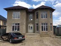 5-комнатный дом, 240 м², 8 сот.