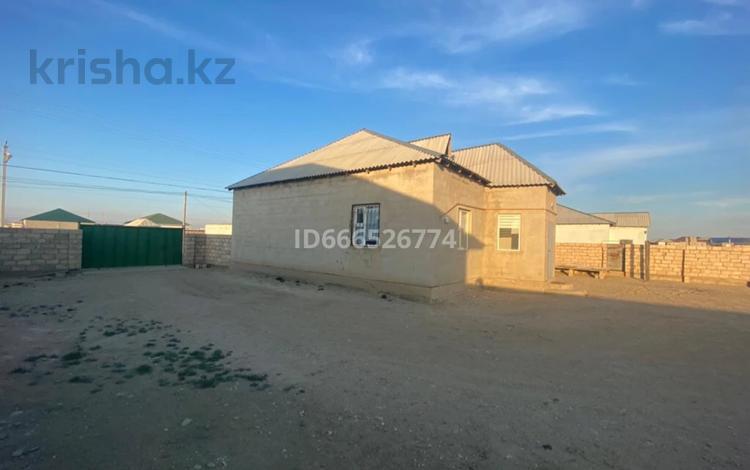 4-комнатный дом, 160 м², 10 сот., Қызылтөбе2 1150 за 13 млн 〒 в Кызылтобе 2