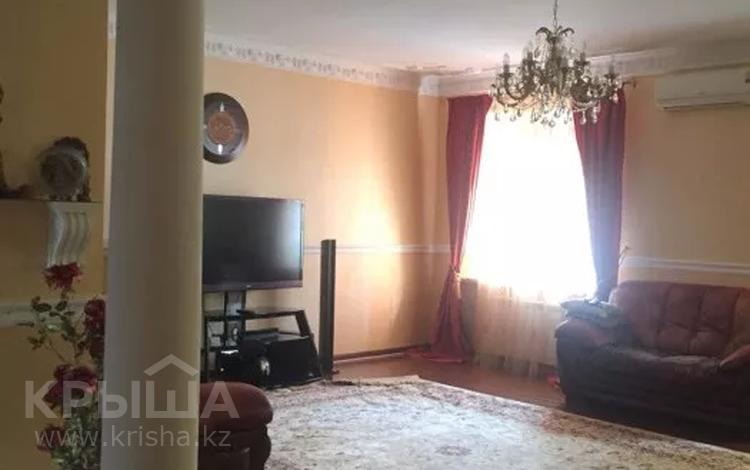 3-комнатная квартира, 120 м², 4/5 этаж, Ескалиева 303 за 43 млн 〒 в Уральске