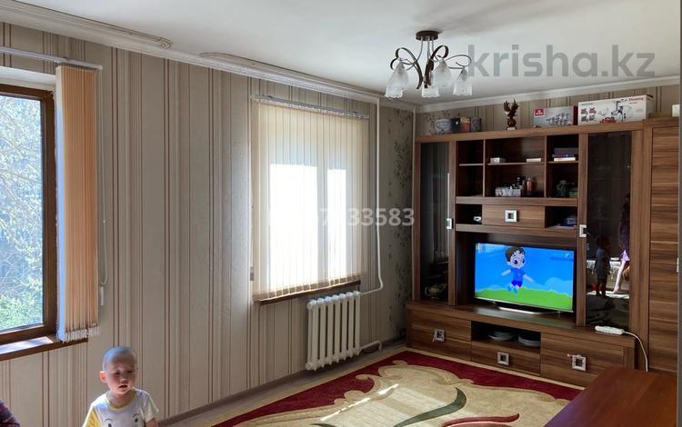 3-комнатная квартира, 57.6 м², 3/5 этаж, Салтанат 16 за 16 млн 〒 в Таразе