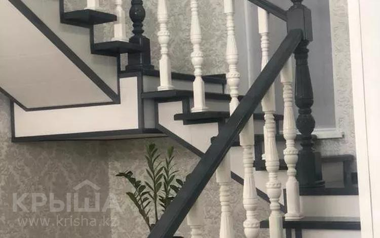 7-комнатный дом, 400 м², 7 сот., Майский за 34 млн 〒 в Актобе