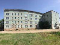 Здание, площадью 3488 м²