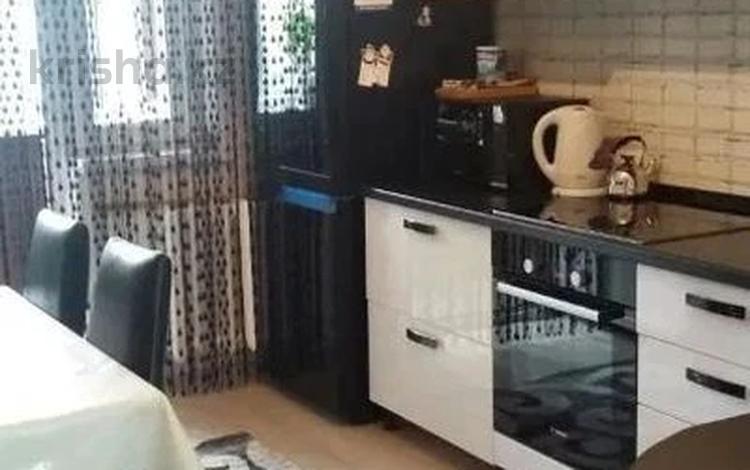 3-комнатная квартира, 90 м², 10/16 этаж, Сарайшык 5/1 за 32 млн 〒 в Нур-Султане (Астана), Есиль р-н