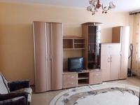 1-комнатная квартира, 33 м², 9/9 этаж на длительный срок, 5 мкр 2 за 80 000 〒 в Аксае