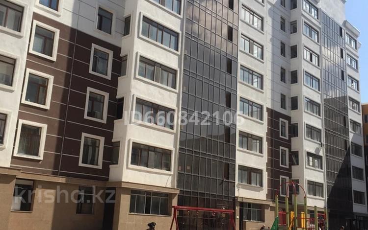 1-комнатная квартира, 39 м², Е 11 10 за 11 млн 〒 в Нур-Султане (Астана), Есиль р-н