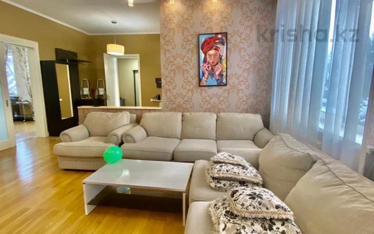 6-комнатный дом помесячно, 250 м², 15 сот., мкр Нур Алатау, Мкр Нур Алатау за 700 000 〒 в Алматы, Бостандыкский р-н