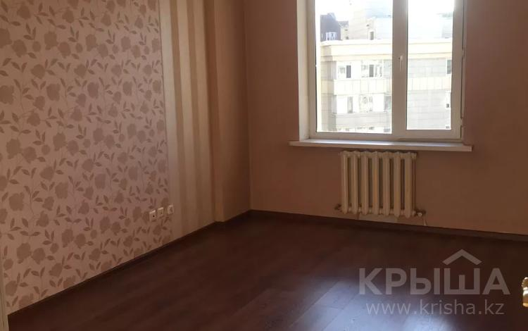 3-комнатная квартира, 100.7 м², 9/12 этаж, Сембинова 7 — Кенесары за 29 млн 〒 в Нур-Султане (Астана), р-н Байконур