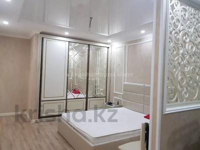 2-комнатная квартира, 72.2 м², 10/18 этаж, Брусиловского — Шакарима за 34 млн 〒 в Алматы, Алмалинский р-н