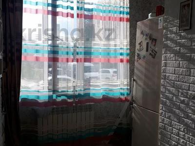 1-комнатная квартира, 40 м², 1/6 этаж, улица 2-й километр 20 за 8 млн 〒 в Уральске — фото 11
