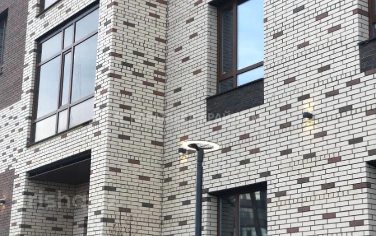 1-комнатная квартира, 40 м², 7/9 этаж, Кайыма Мухамедханова за 13.5 млн 〒 в Нур-Султане (Астана), Есиль р-н