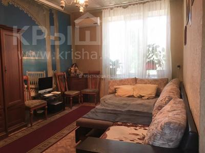 3-комнатная квартира, 72 м², 2/2 этаж, Амангельды — проспект Жибек Жолы за 25 млн 〒 в Алматы, Алмалинский р-н — фото 13