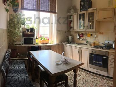 3-комнатная квартира, 72 м², 2/2 этаж, Амангельды — проспект Жибек Жолы за 25 млн 〒 в Алматы, Алмалинский р-н — фото 5