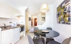 2-комнатная квартира, 40 м², 4/6 этаж, Antonio Navarro 10 за 14 млн 〒 в Санта-Крус-Де-Тенерифе