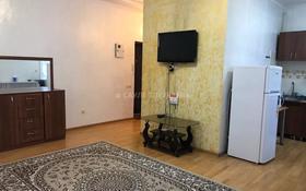 1-комнатная квартира, 33 м², 2/3 этаж помесячно, Желтоксан 111 — Толе Би за 120 000 〒 в Алматы, Алмалинский р-н