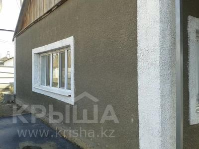 5-комнатный дом, 125 м², 12 сот., Абдирова 45 за 19 млн 〒 в Жезказгане