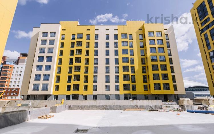 1-комнатная квартира, 37.5 м², 8/9 этаж, Орынбор 12 — проспект Кабанбай Батыра за 13.6 млн 〒 в Нур-Султане (Астана), Есиль р-н