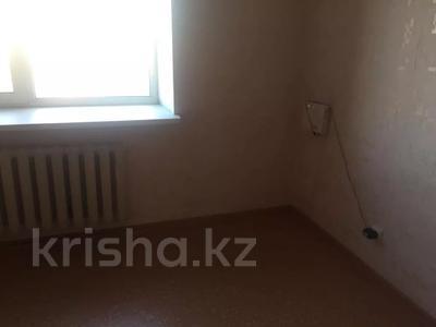 1-комнатная квартира, 39 м², 10/13 этаж, Шаймердена Косшыгулулы 3/1 за 12.3 млн 〒 в Нур-Султане (Астана) — фото 2