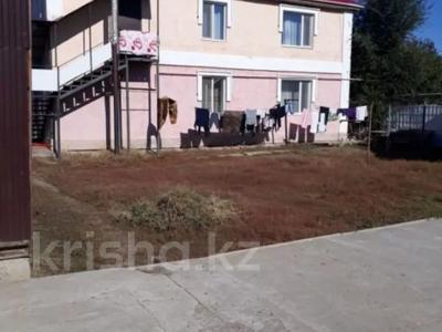 8-комнатный дом, 336 м², 9 сот., Локомотив 9 — Сады за 38 млн 〒 в Уральске