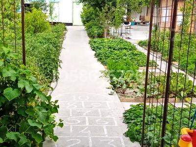 4-комнатный дом, 65 м², 8 сот., Полевая 10 за 15 млн 〒 в Боралдае (Бурундай) — фото 5