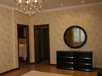 2-комнатная квартира, 64 м² помесячно