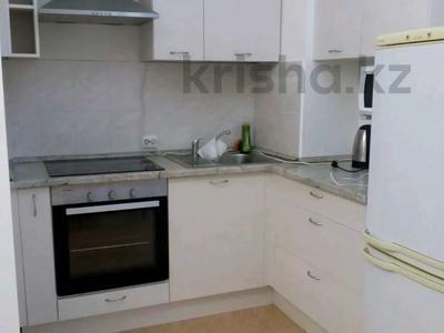 1-комнатная квартира, 27 м² посуточно, Казыбек би 139/2 за 9 000 〒 в Алматы, Алмалинский р-н