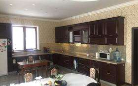 7-комнатный дом помесячно, 400 м², 10 сот., Е-624 79 за 900 000 〒 в Нур-Султане (Астана), Есиль р-н