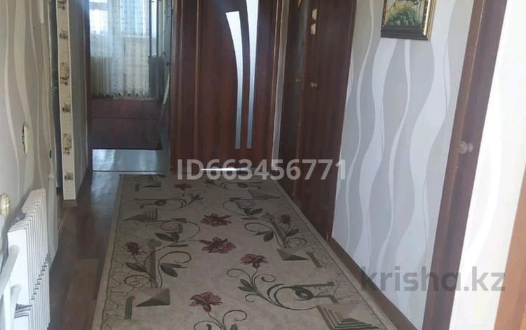 2-комнатная квартира, 63 м², 9/9 этаж, 28-й мкр 19 — 57 за 9 млн 〒 в Актау