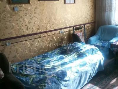 2-комнатная квартира, 54 м², 2/5 этаж, мкр Тастак-3 — Дуйсенова за 17.2 млн 〒 в Алматы, Алмалинский р-н — фото 2