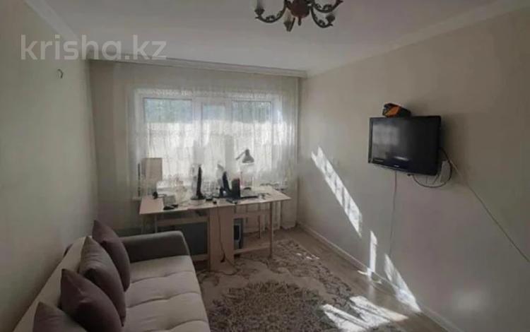 2-комнатная квартира, 41 м², 1/5 этаж, Жанибека Тархана за 12.3 млн 〒 в Нур-Султане (Астана), р-н Байконур