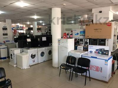 Магазин площадью 1600 м², улица Кабанбай батыра 20 за 1.5 млн 〒 в Семее — фото 8