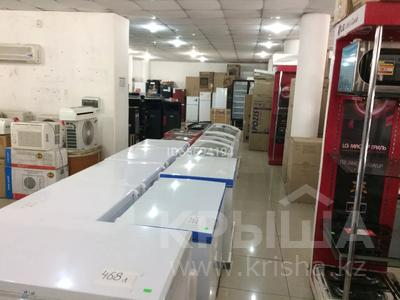 Магазин площадью 1600 м², улица Кабанбай батыра 20 за 1.5 млн 〒 в Семее — фото 9