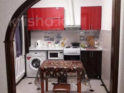 1-комнатная квартира, 40 м², 2/5 этаж посуточно, Строительная 54 за 7 000 〒 в Экибастузе
