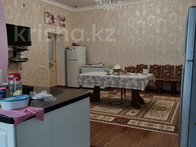 """8-комнатный дом, 420 м², 10 сот., мкр """"Шыгыс 3"""", Мкр """"Шыгыс 3"""" за 65 млн 〒 в Актау, мкр """"Шыгыс 3"""" — фото 9"""