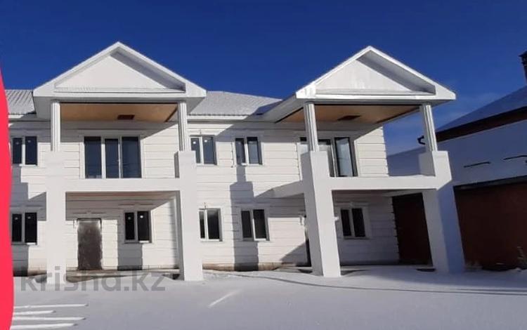 4-комнатный дом, 200 м², 4 сот., Шарипова 13 за 23 млн 〒 в Уральске