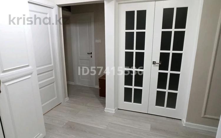 3-комнатная квартира, 72 м², 5/5 этаж, мкр Север 67 за 23 млн 〒 в Шымкенте, Енбекшинский р-н