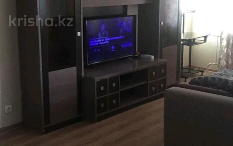 2-комнатная квартира, 56 м², 5/9 этаж помесячно, Сауран — Алматы за 120 000 〒 в Нур-Султане (Астана), Есиль р-н