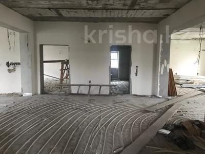 10-комнатный дом, 650 м², 12.5 сот., Абая за 100 млн 〒 в Таразе