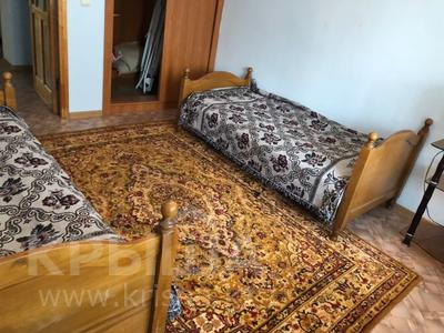 3-комнатная квартира, 72.02 м², 4/5 этаж, Абая 34 — Республики за 19 млн 〒 в Нур-Султане (Астана), Алматы р-н — фото 2