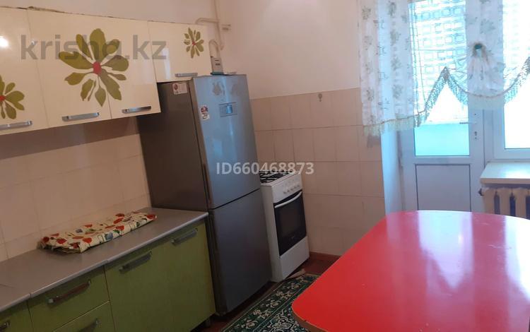 3-комнатная квартира, 66 м², 1/5 этаж, С.Бейбарыс 9 за 12 млн 〒 в