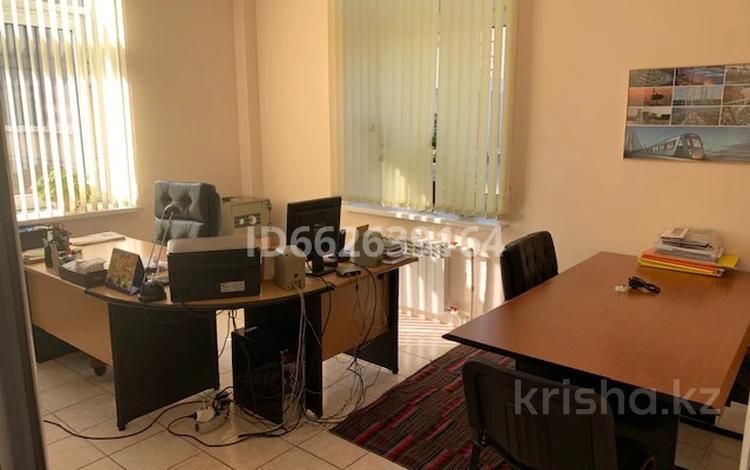Офис площадью 54 м², Сатпаева 30Ак1 за 27 млн 〒 в Алматы, Бостандыкский р-н