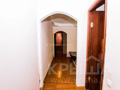 3-комнатная квартира, 60 м², 3/5 этаж, мкр №6, Саина — Абая за 19.5 млн 〒 в Алматы, Ауэзовский р-н — фото 9