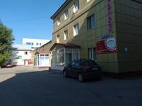 Здание, площадью 1790 м²