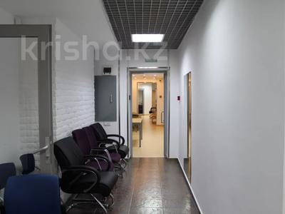 Здание, площадью 730 м², Луганского 1 — Сатпаева за 350 млн 〒 в Алматы, Медеуский р-н — фото 9