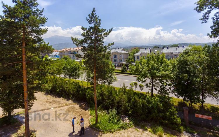 6-комнатный дом, 237 м², 4 сот., проспект Достык — Оспанова за 154 млн 〒 в Алматы, Медеуский р-н