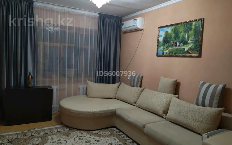 3-комнатная квартира, 65 м², 4/5 этаж, Байзак батыра 185 — Айтиева за 18 млн 〒 в Таразе
